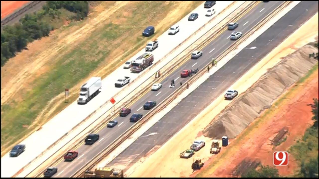 One Dead In Crash On SB I-235 At NW 50th St.