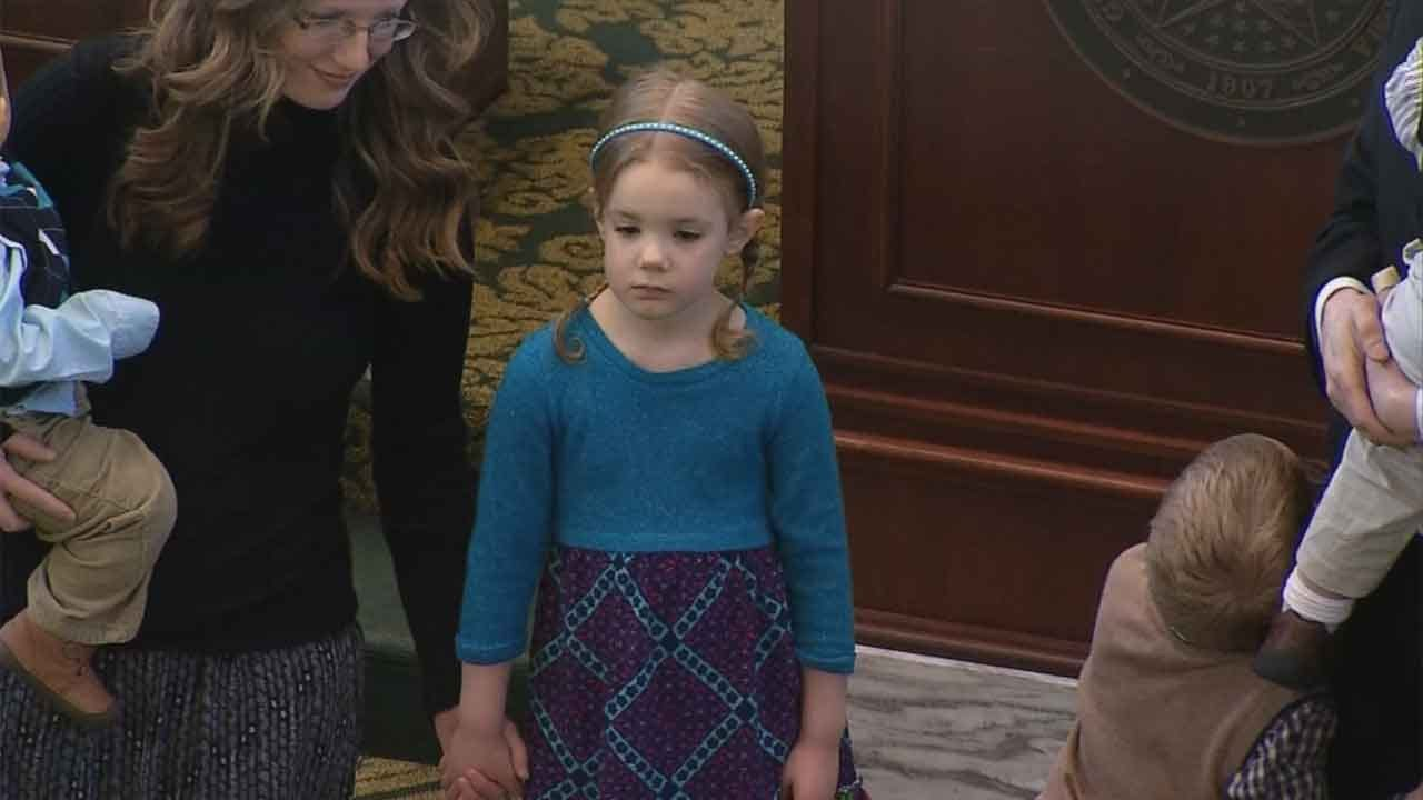 OK Girl, 5, Competing In National Spelling Bee Honored At Capitol