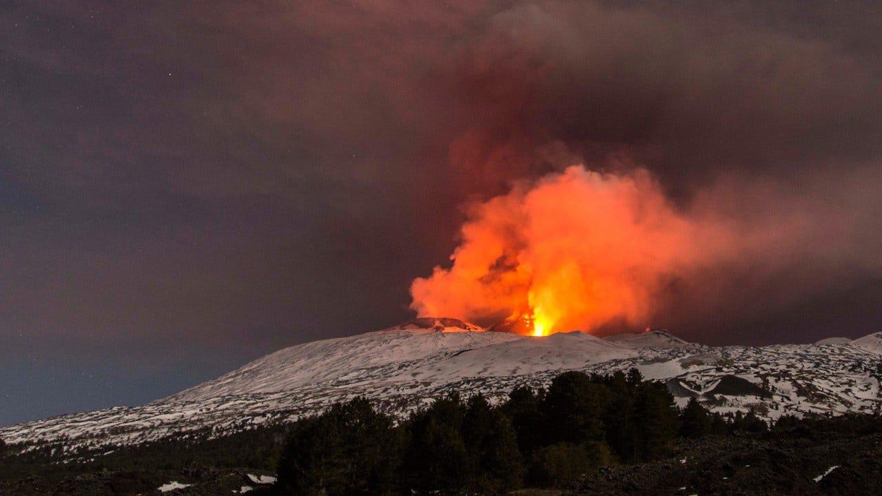 10 Injured In Violent Eruption On Mount Etna
