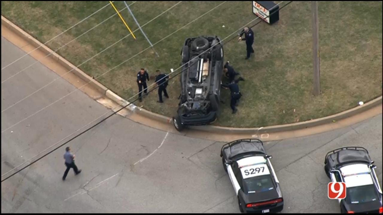 2 Detained After Police Chase Ends In NE OKC