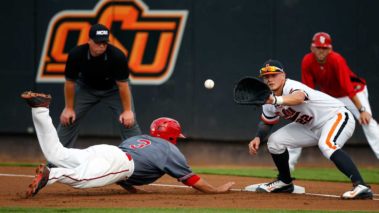 Cowboys Take On Mountaineers In Big 12 Home Opener