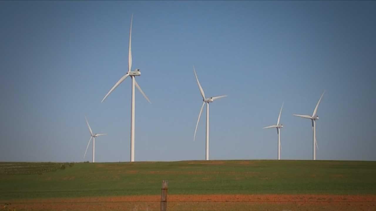 Lawsuit Disputes Wind Energy Buffer Zone Outside Hinton