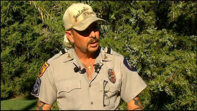 "Animal Park Operator ""Joe Exotic"" Running For Oklahoma Governor"