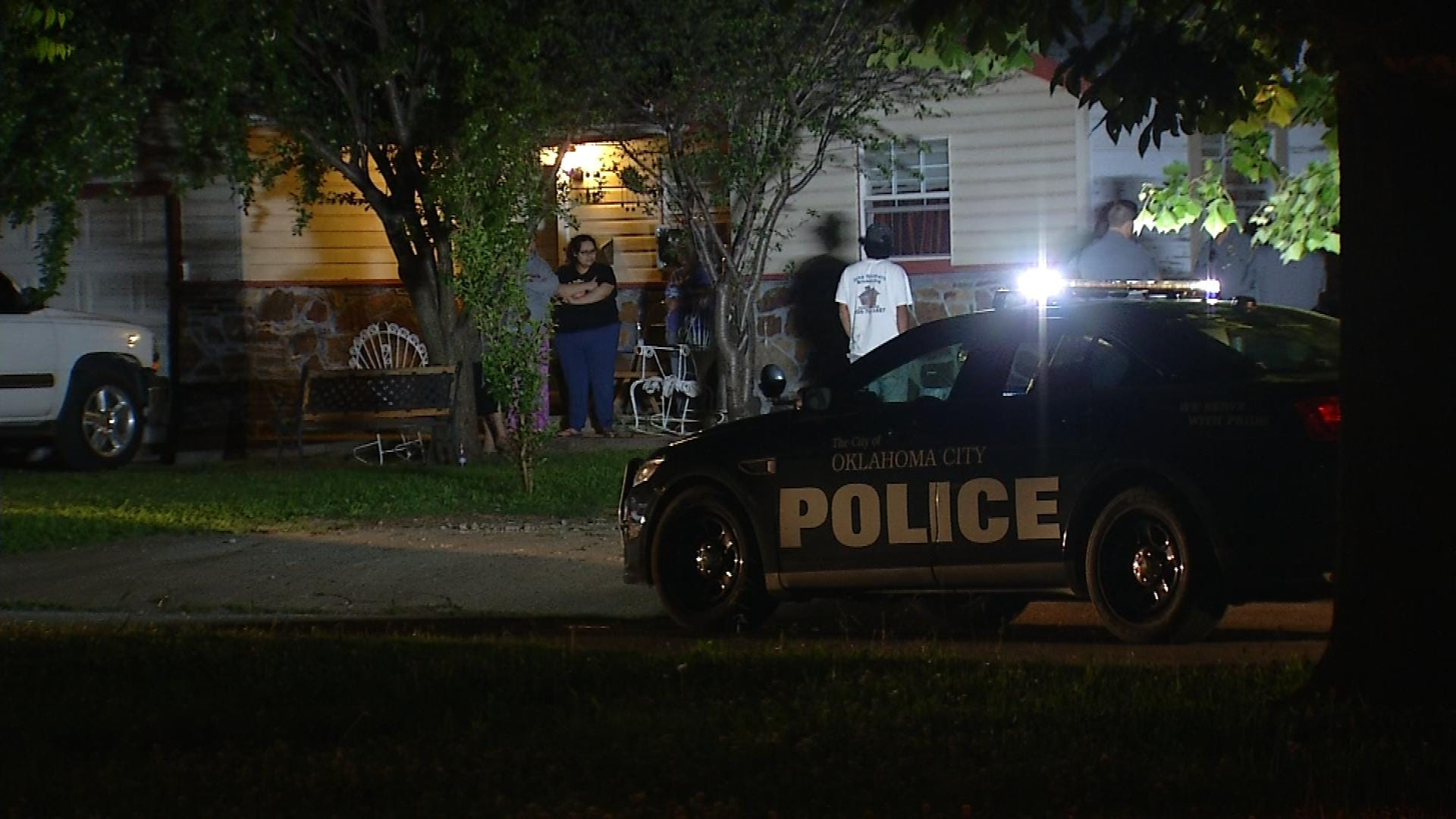 OKC Police Search For Stabbing Suspect On Southside