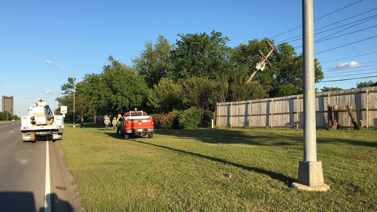 Car Crashes Into Power Pole In NW OKC