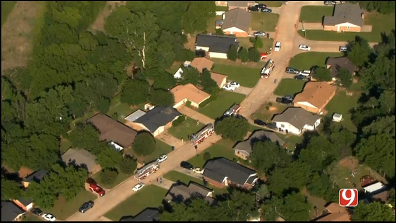 Crews Battle Fire At Vacant NW OKC Home