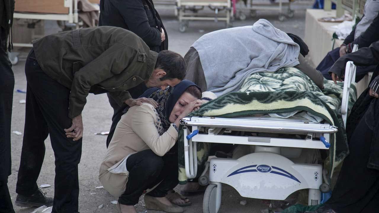 Death Toll Jumps After Quake On Iran-Iraq Border