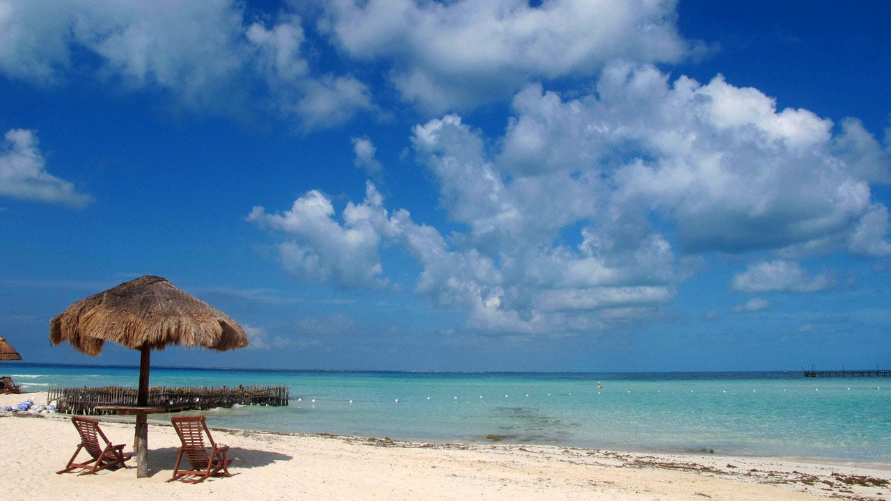 Cancun.com Offers Dream Job, With No Experience Required