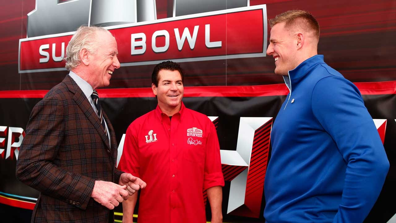 Papa John's Apologizes For Comments On NFL Players Kneeling