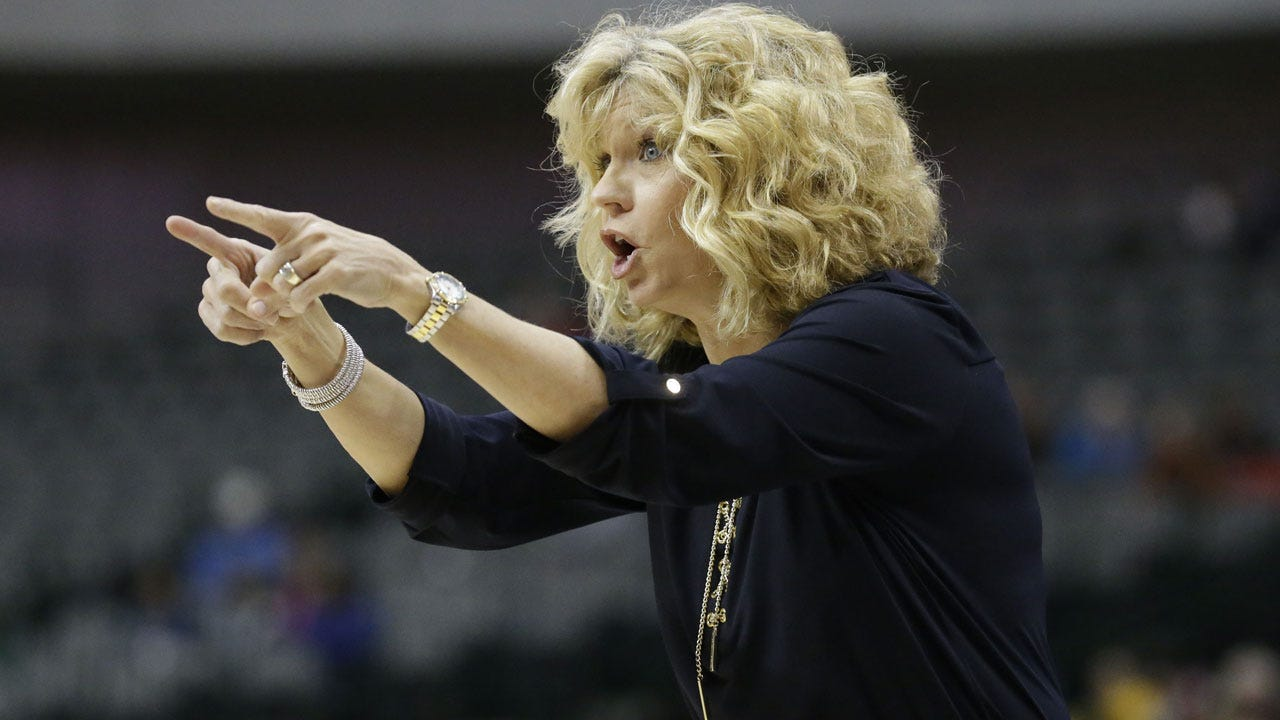 OU Women's Hoops Ranked No. 22 In Preseason AP Poll