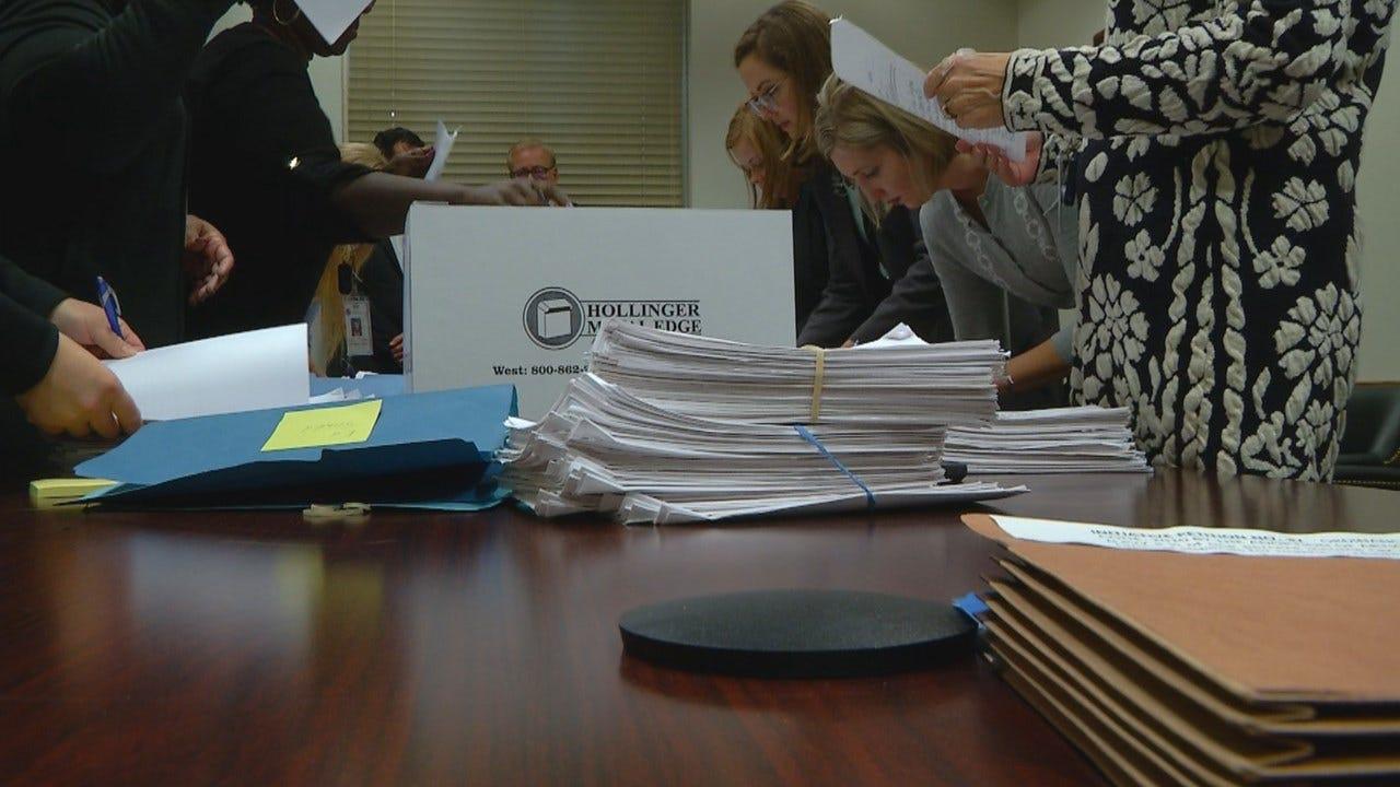Oklahoma City Takes on Teacher Pay
