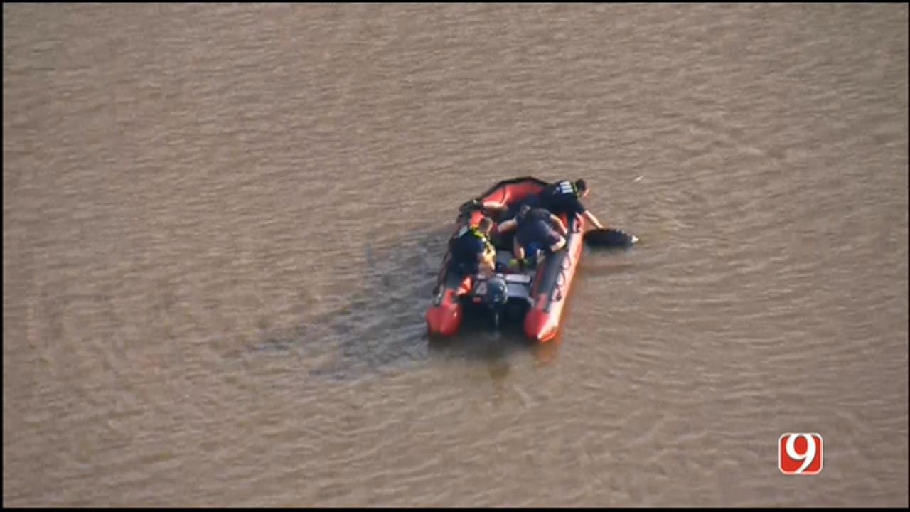 'Submerged Vehicle' Report Turns Up Tire In Oklahoma River