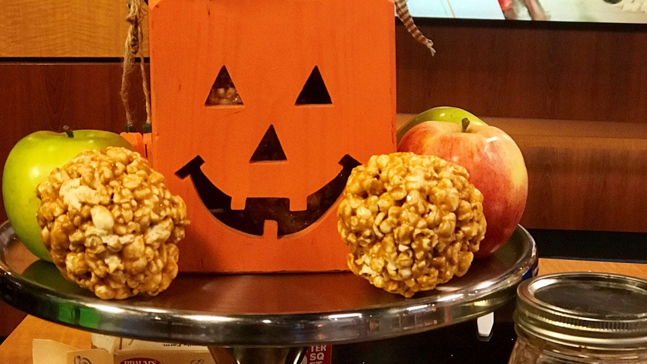 Easy Marshmallow Popcorn Balls