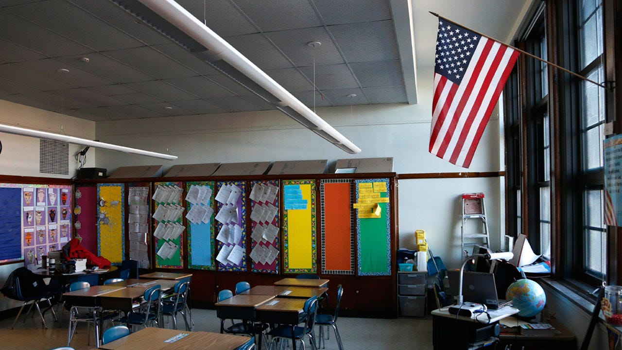 Oklahoma School District Adopts Policy Expecting All Students To Stand For Anthem