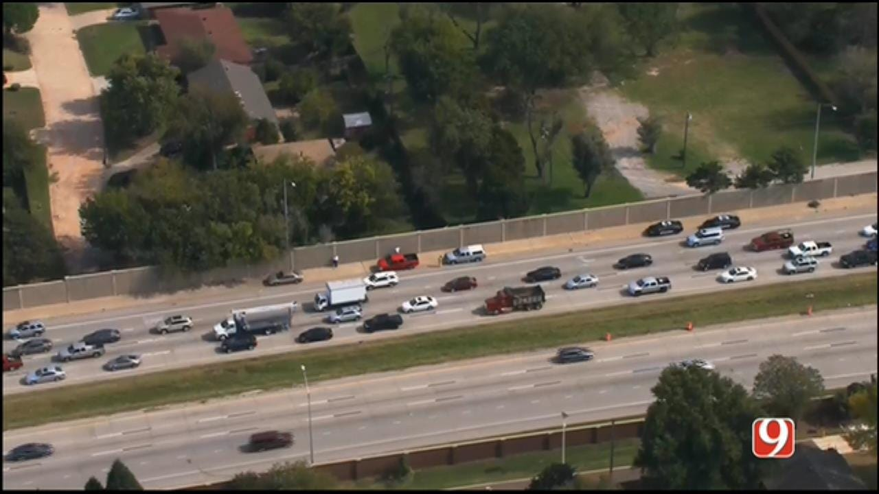 Crews Respond To Pair Of Crashes Near NW Expy, Lake Hefner Pkwy