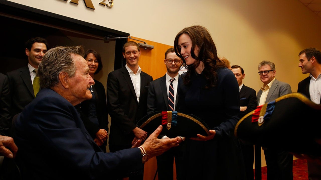 Actress Heather Lind Accuses Pres. George H.W. Bush Of Inappropriate Touching