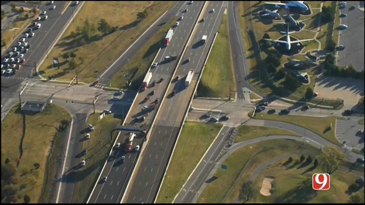 One Dead After Crash On WB I-40 In MWC