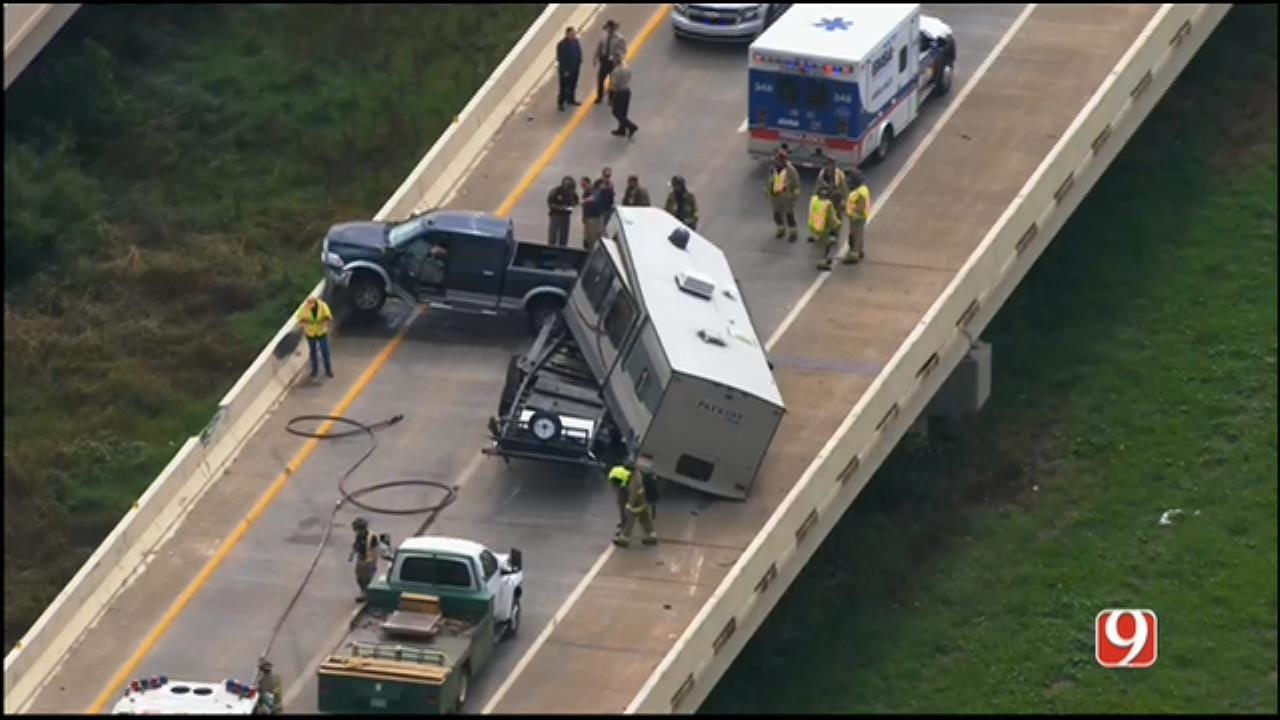 One Injured In Single-Vehicle Crash On SB Kilpatrick Tpk In NW OKC