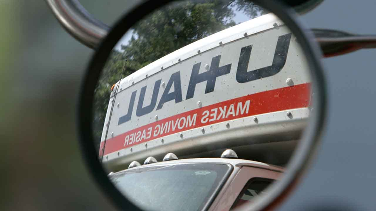 Thieves Steal Oklahoma Family's U-Haul With Casket Inside