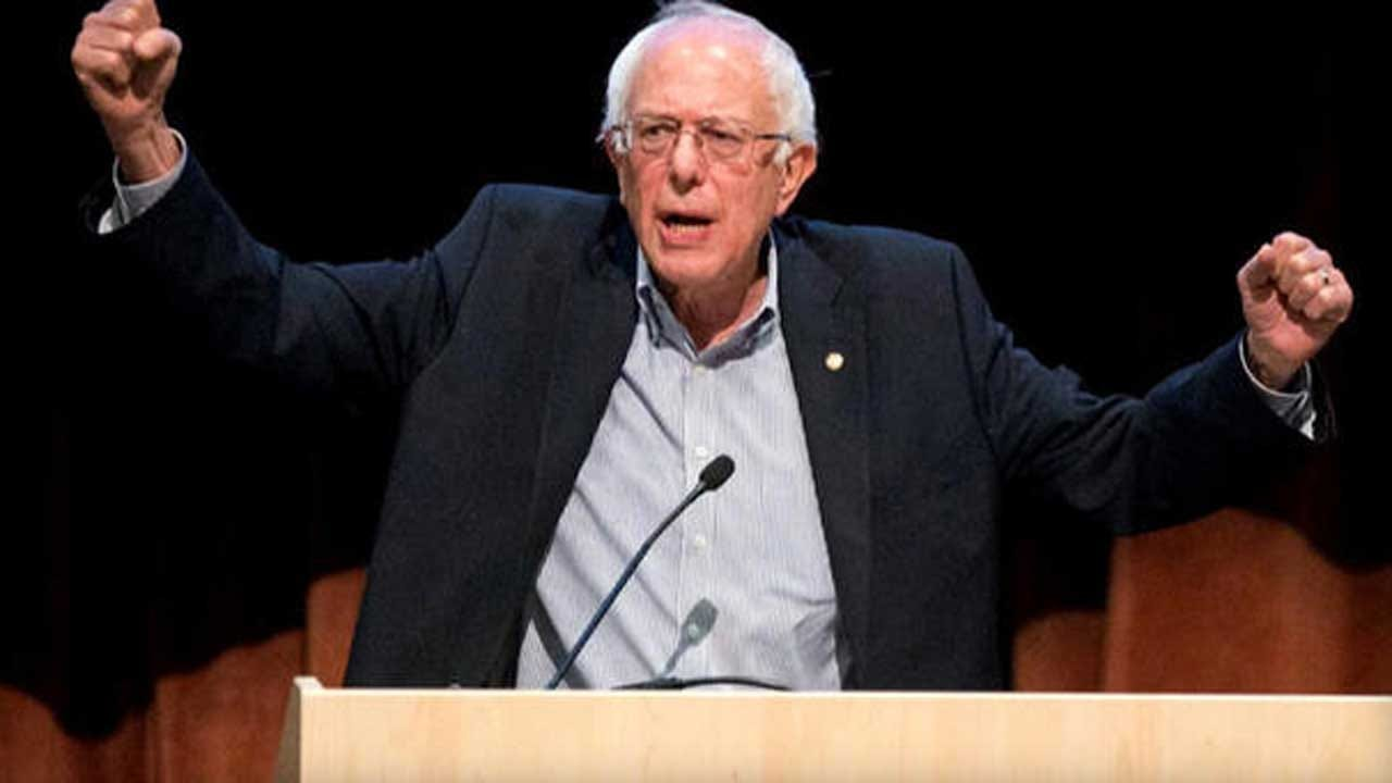 Bernie Sanders Targets Amazon, Walmart With 100 Percent Tax