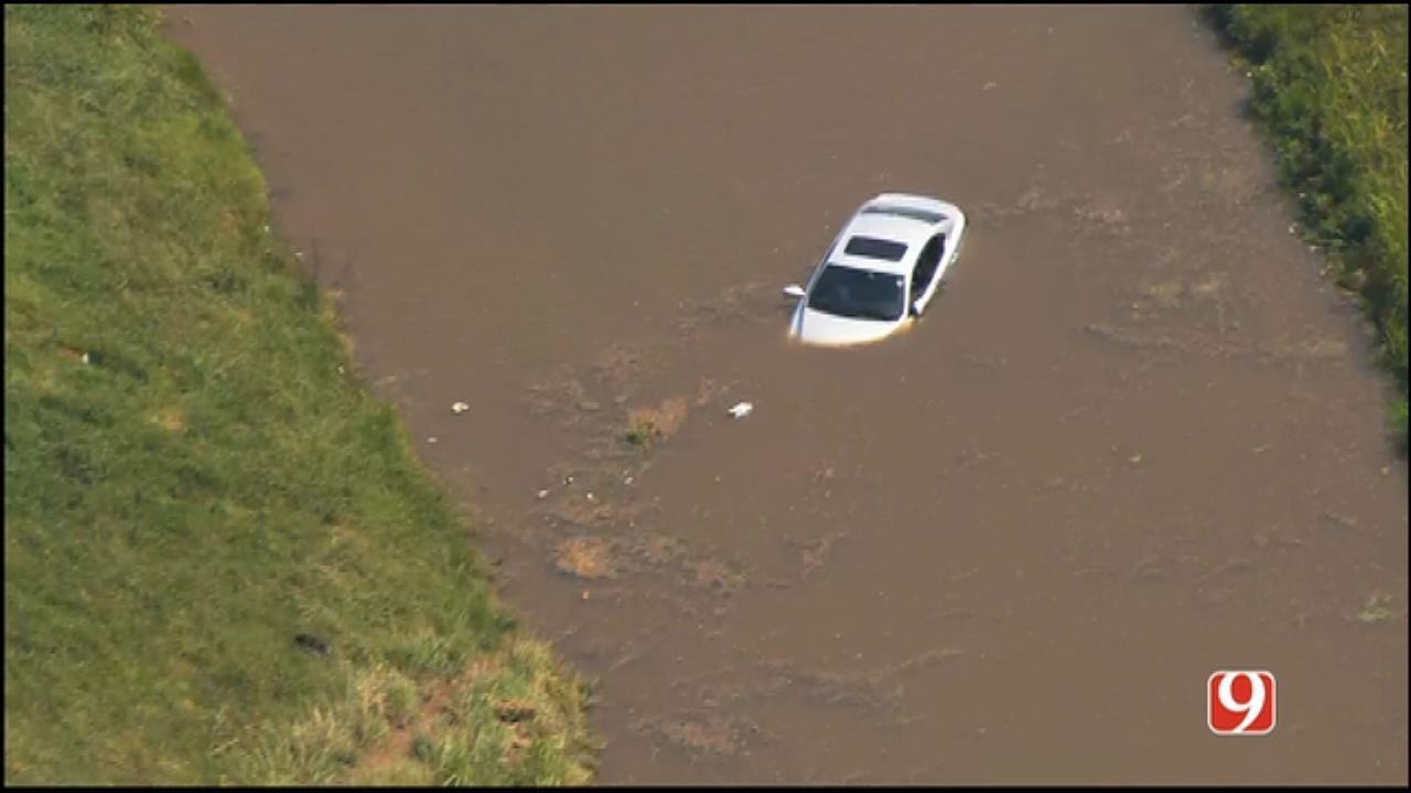 Vehicle Crashes Into Oklahoma River