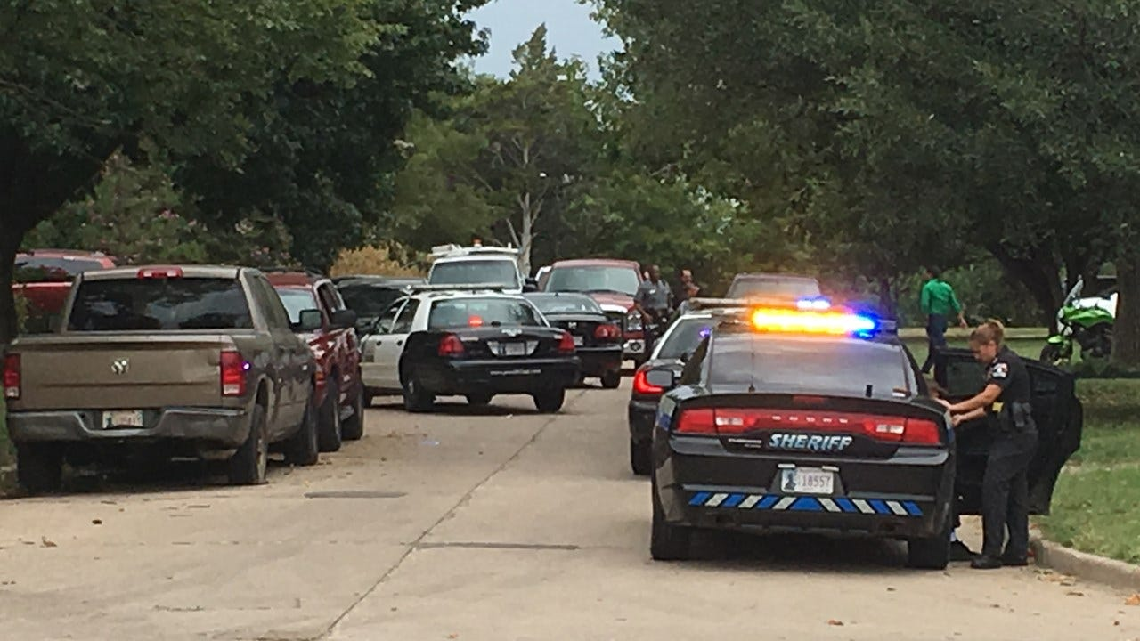 One Arrested, Three Detained After NW OKC Police Chase