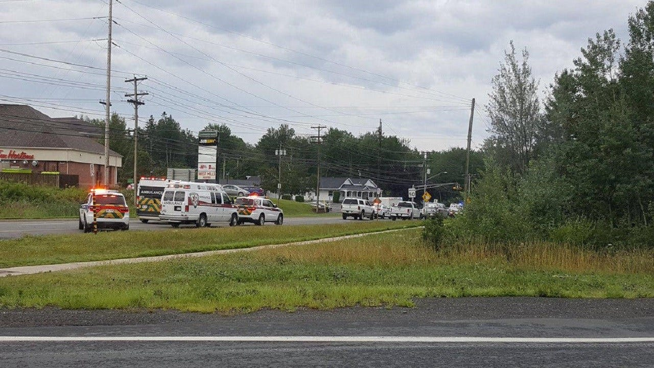 2 Officers Among 4 Killed In Eastern Canada Shooting
