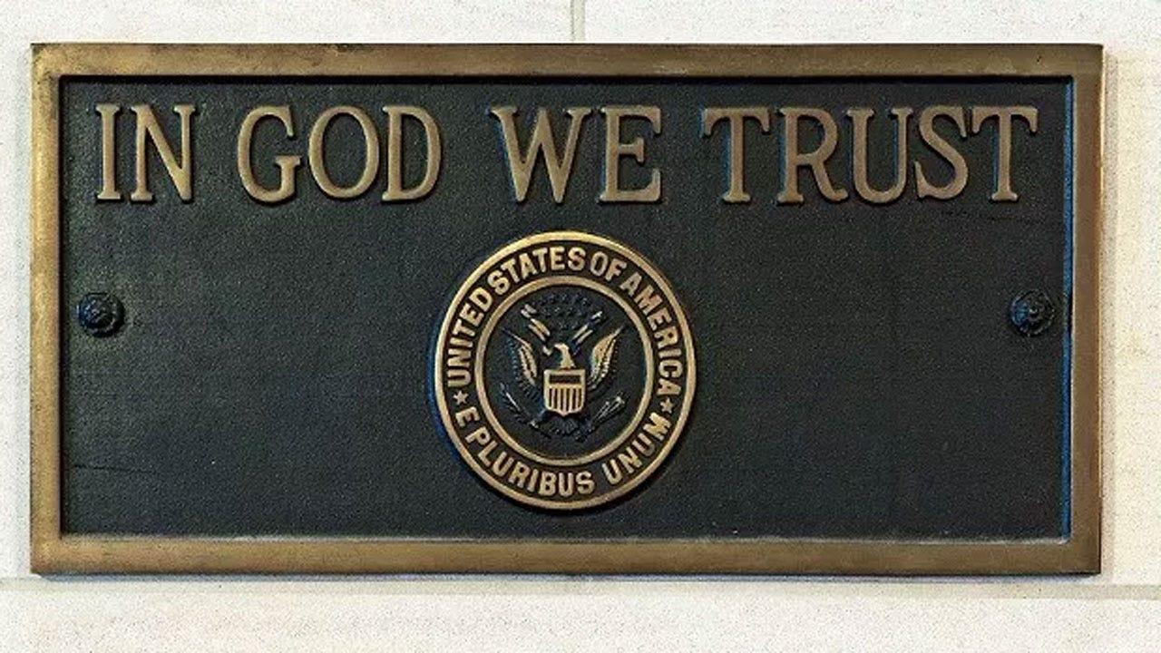 Tennessee Lawmakers Pass 'In God We Trust' School Bill