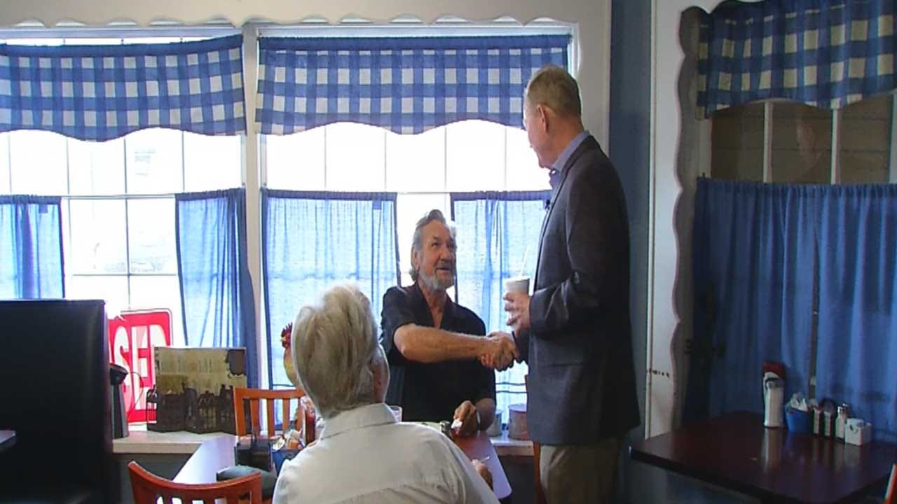 Mick Cornett Meets With Friendly Crowd At Guthrie Diner