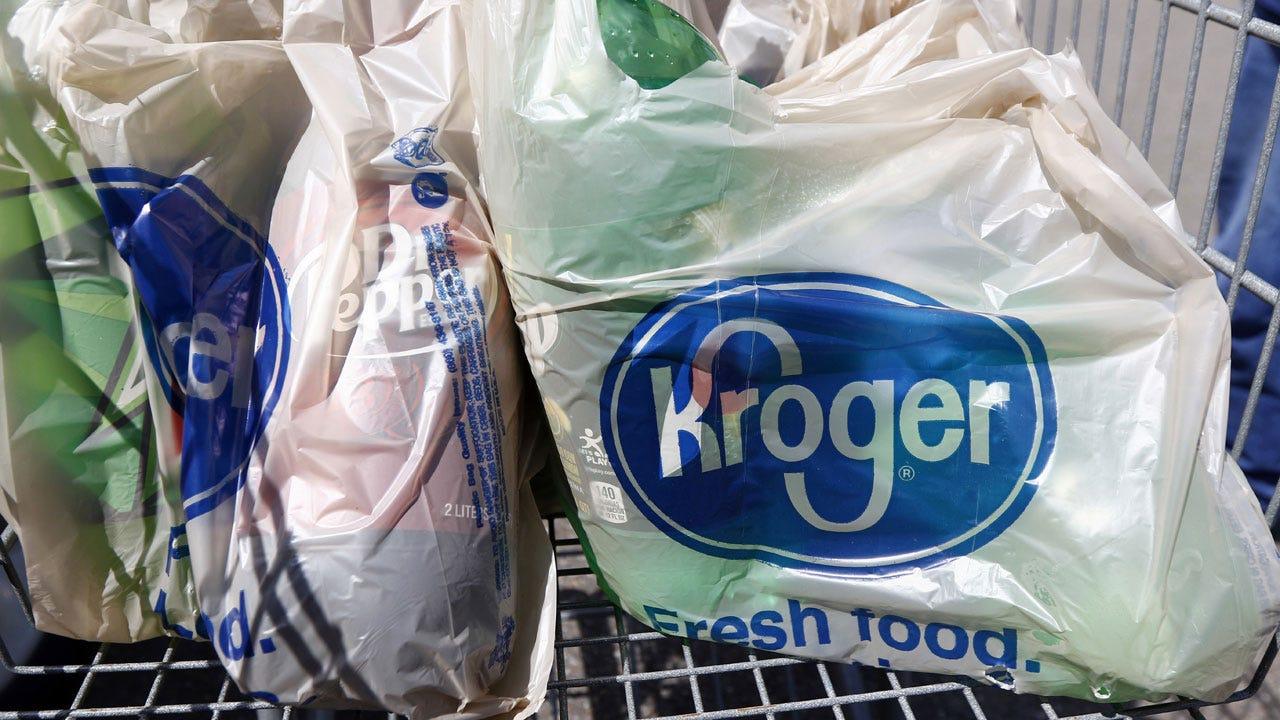 Kroger, Nation's Largest Grocery Chain, Eliminates Plastic Bags