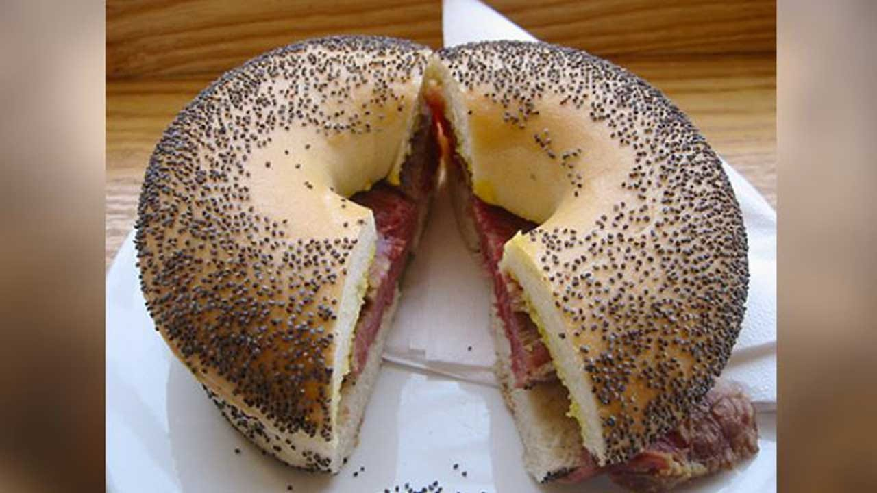New Mother Tested Positive For Opiates After Eating Poppy Seed Bagel