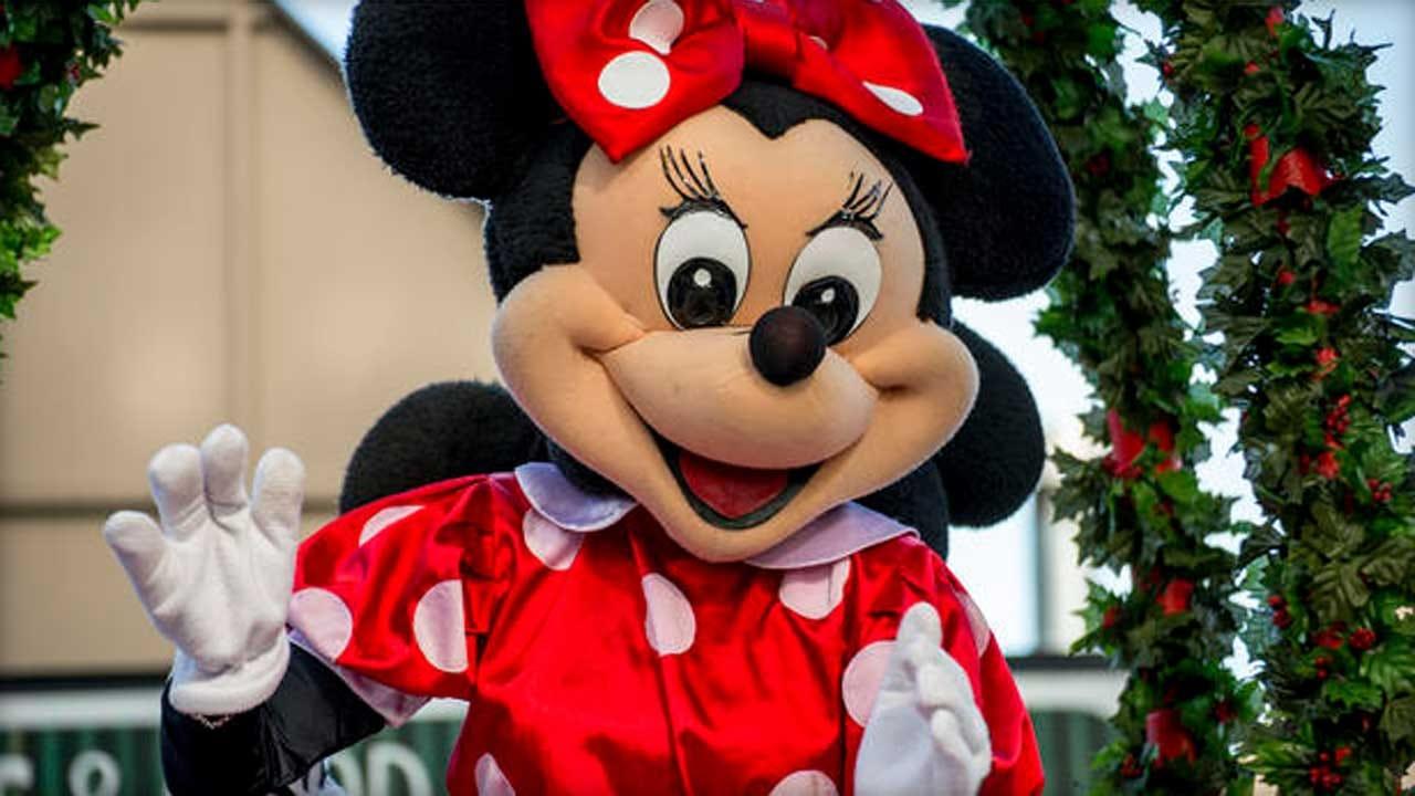 Kids Won't Go To Sleep? Disney's New Hotline Might Help
