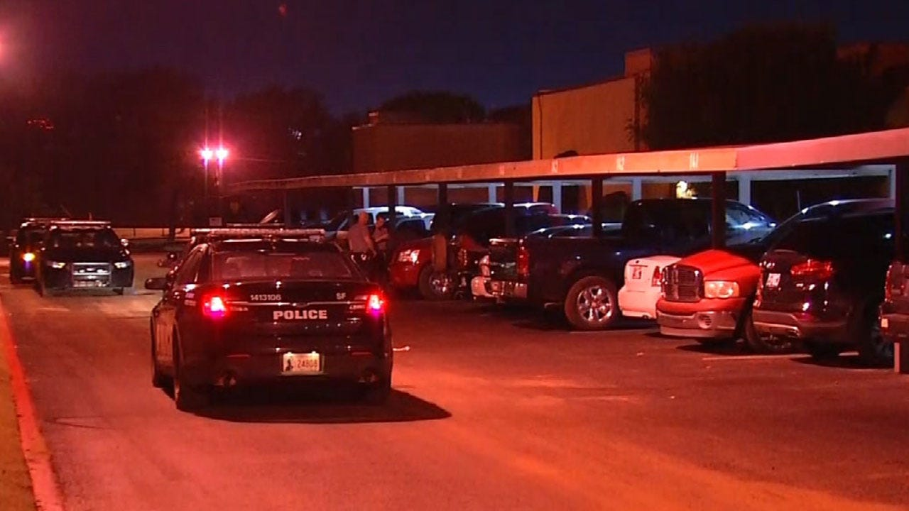 Man Sent To Hospital After Stabbing In SW OKC