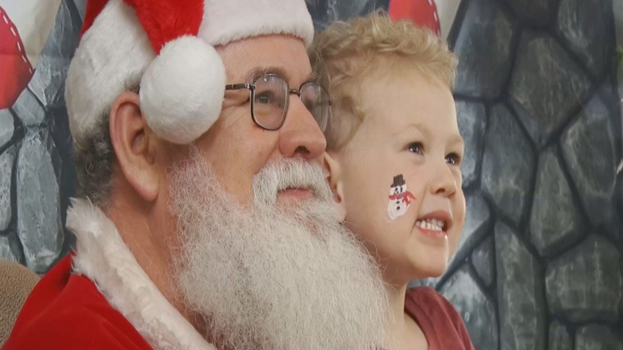 Midwest City High School Hosts 'Breakfast With Santa'