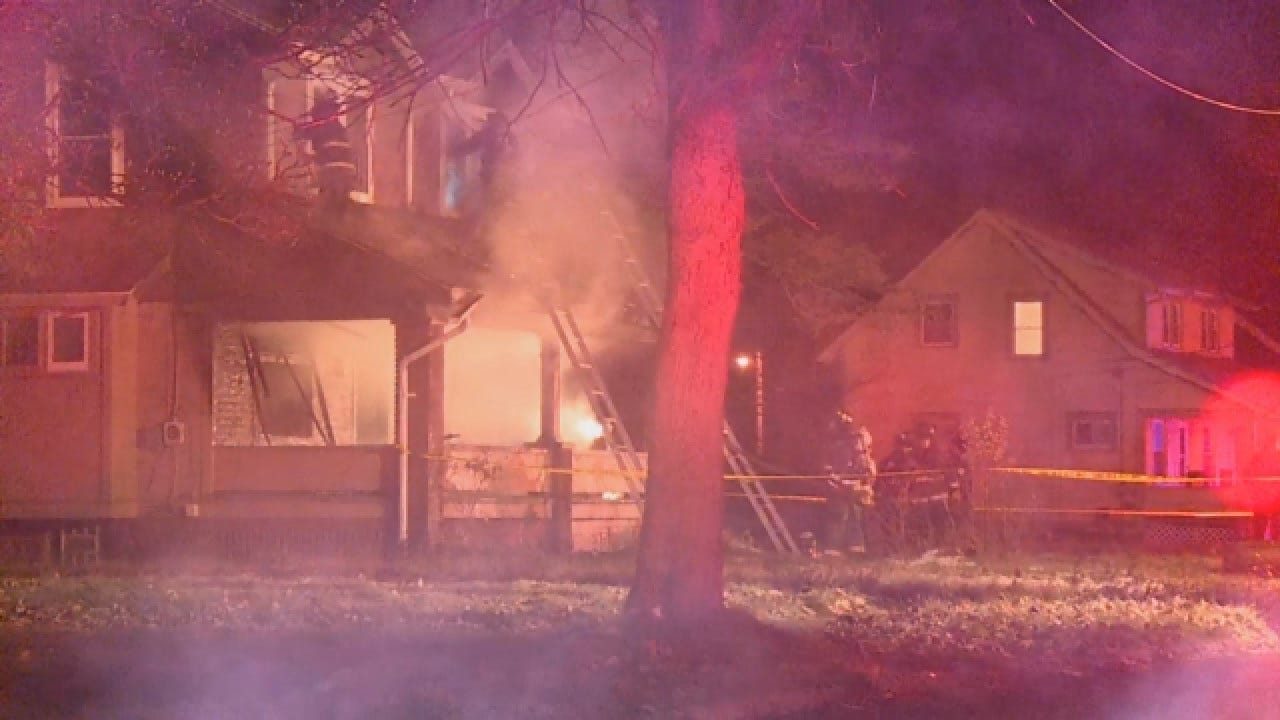 House Fire Kills 5 Children, Injures Mother Who Jumped Out Second-Floor Window