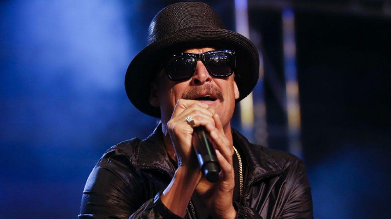 Kid Rock Pays Off Layaways For 350 Families At Nashville Walmart