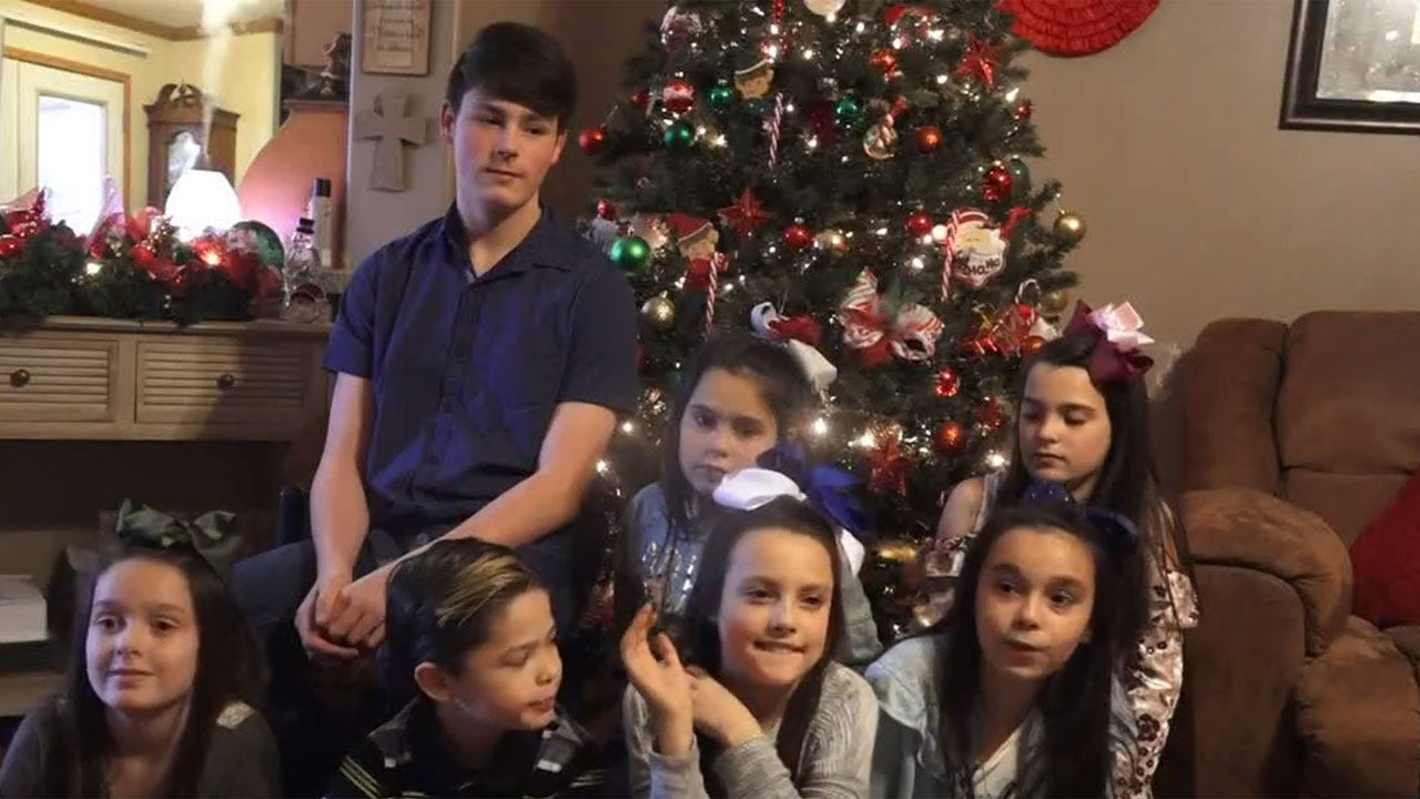 Couple Adopts Set Of 7 Siblings Ahead Of Christmas
