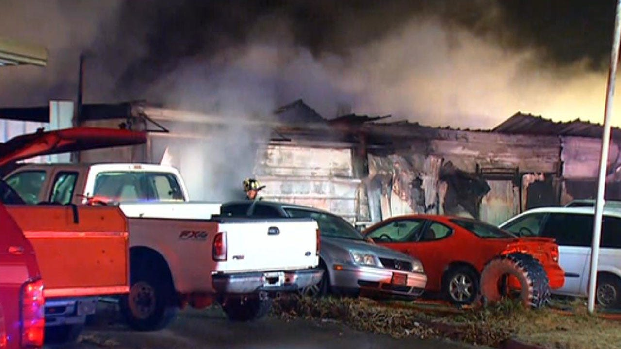 Firefighters Extinguish Commercial Fire In SW OKC