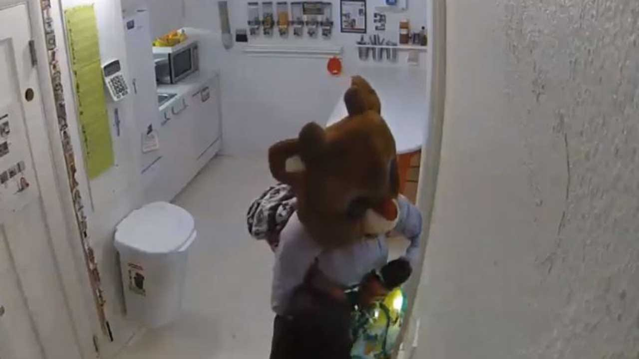 Woman Uses Rudolph The Red-Nosed Reindeer Costume During Burglary