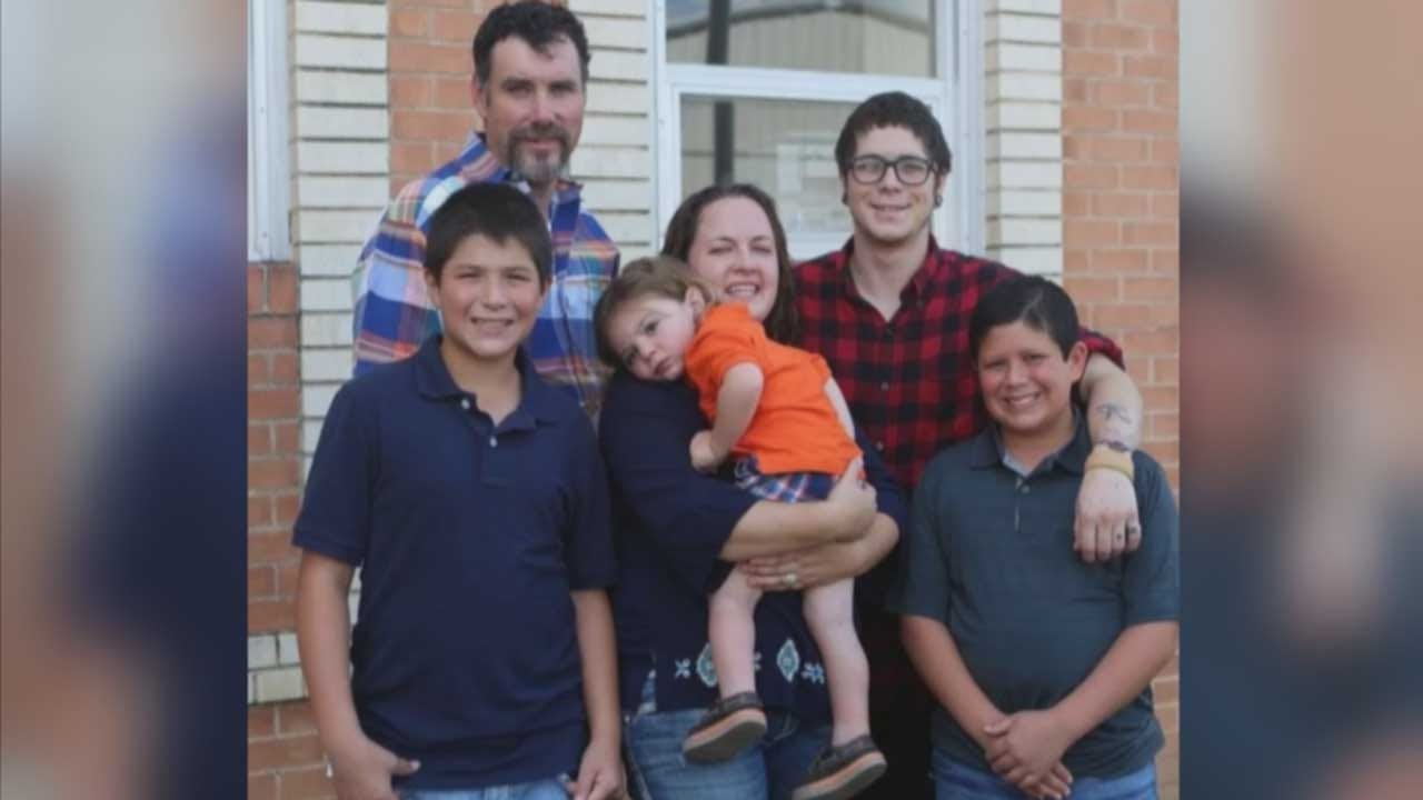 Group's Mission: Keep Siblings Together In Oklahoma Foster Care
