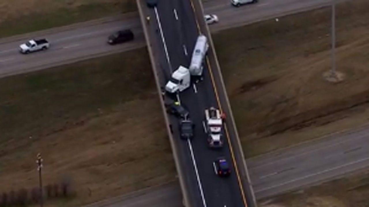Eastbound I-40 Shut Down Due To Wreck Near I-44