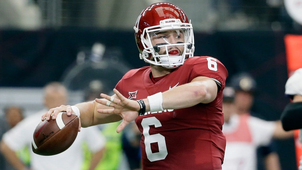 Mayfield Wins Earl Campbell Tyler Rose Award