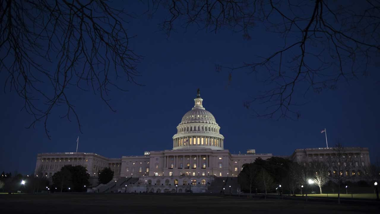 Both Bills Aiming To Reopen Government Fail In Senate