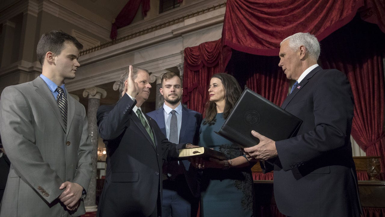 Democratic Senators Sworn In, Narrow GOP Majority