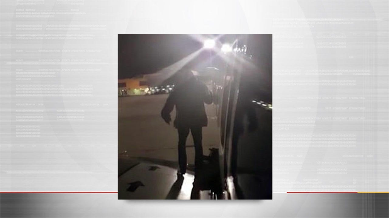 Impatient Passenger Uses Emergency Exit To Depart Plane