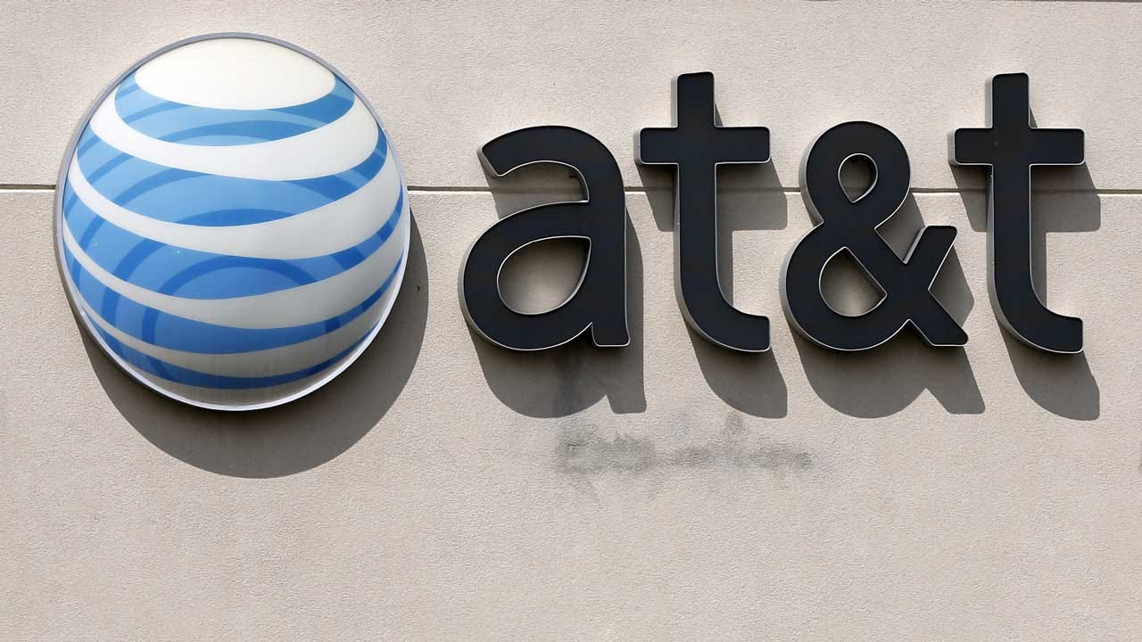 AT&T Insiders Bribed To Hack, Plant Malware On The Company's Network, DOJ Alleges