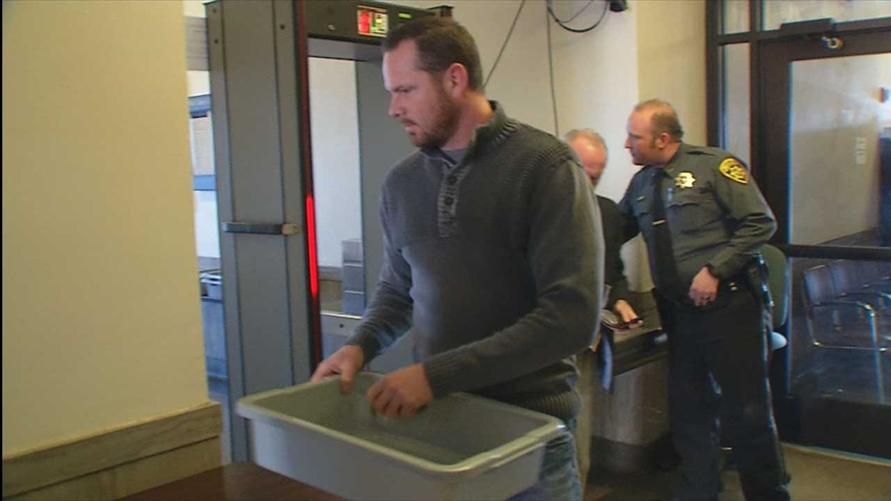 Former Purcell Officer Turns Himself In For Stealing