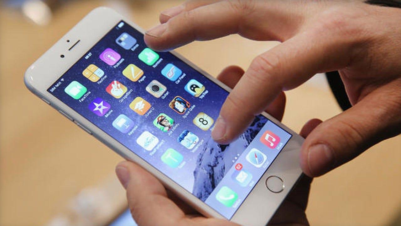 Investors Press Apple To Help Curb Kids' Smartphone Addiction