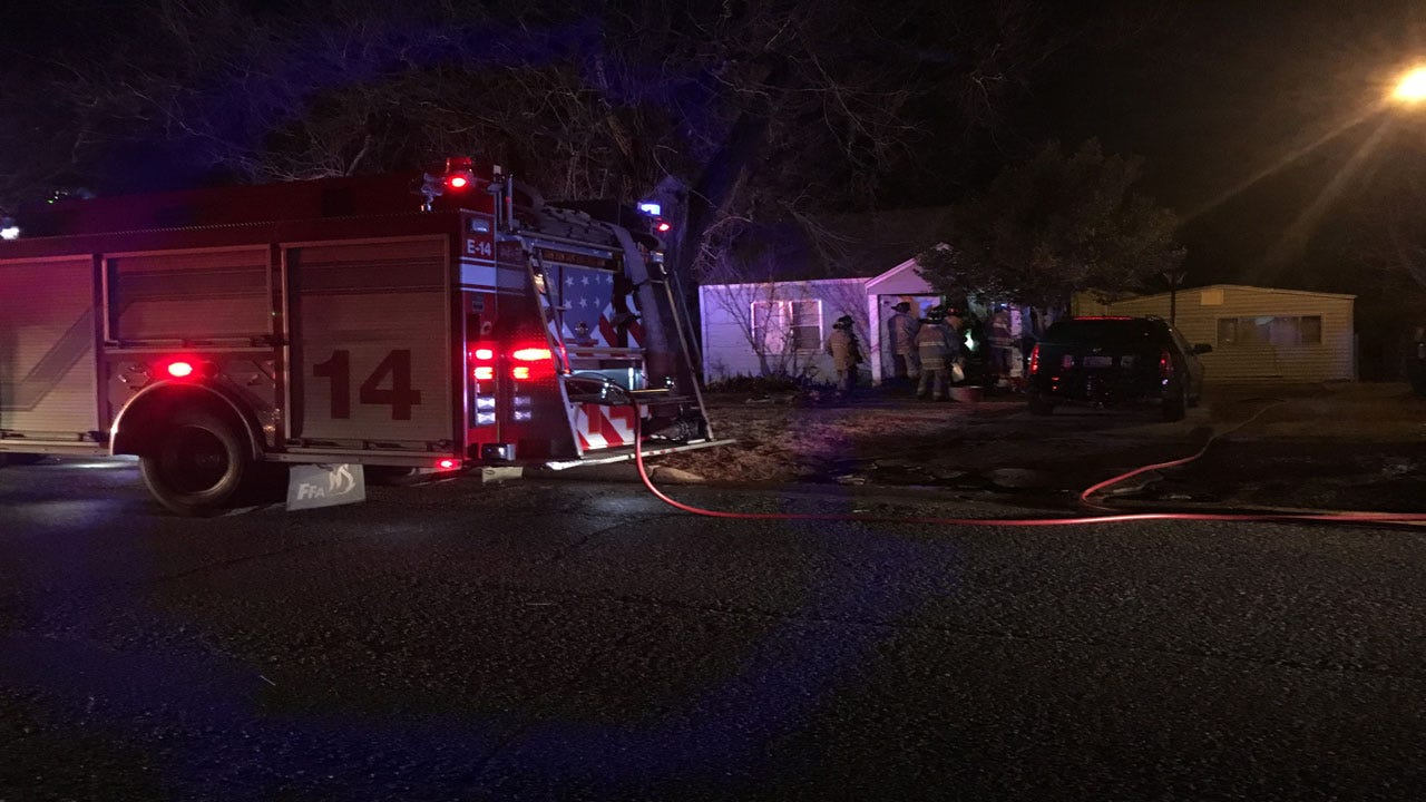 Mother, 2 Children Hospitalized After House Fire