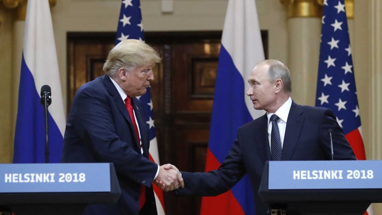 CBS News Poll: Most Americans Disapprove Of Trump's Handling Of Putin Summit